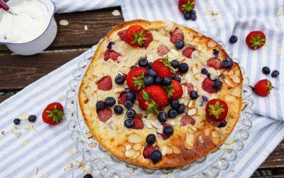 Versunkener Erdbeer-Käse-Kuchen ohne Boden